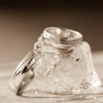 Eheringe auf Eis