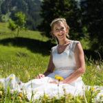 Braut im Gras
