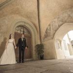 Brautpaar unter Kuppel
